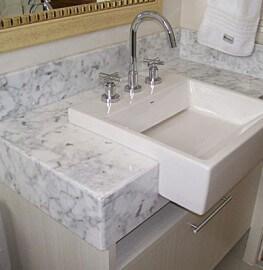 Pia de Banheiro Carrara